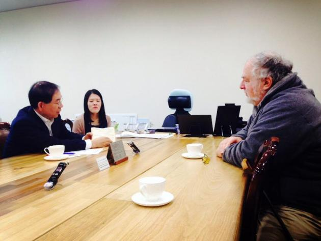Meeting of Professor Shell with Park Won-Soon, Mayor of Seoul.