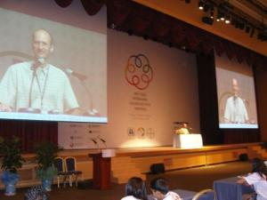 Emanuel Pastreich addresses the Tunza Conference of UNEP at Daejeon 2009.