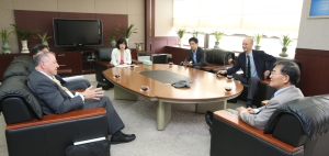 At KAIST with President Kang Sung Mo.