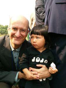 跟新的小朋友在高淳县